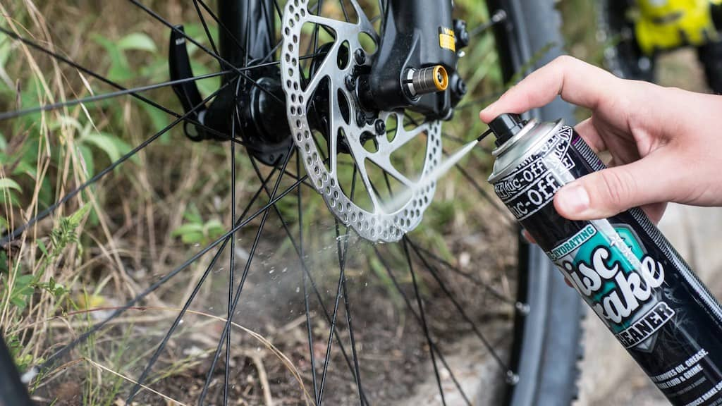 Can You Use Rubbing Alcohol To Clean Disc Brakes?